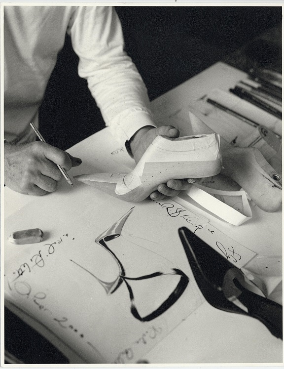 The Art of Shoes: Manolo Blahnik v Museu Kampa