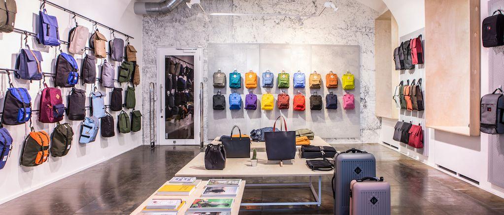 Freshlabels otevřel v Praze batohový obchod a najde ideální kousek i pro vás