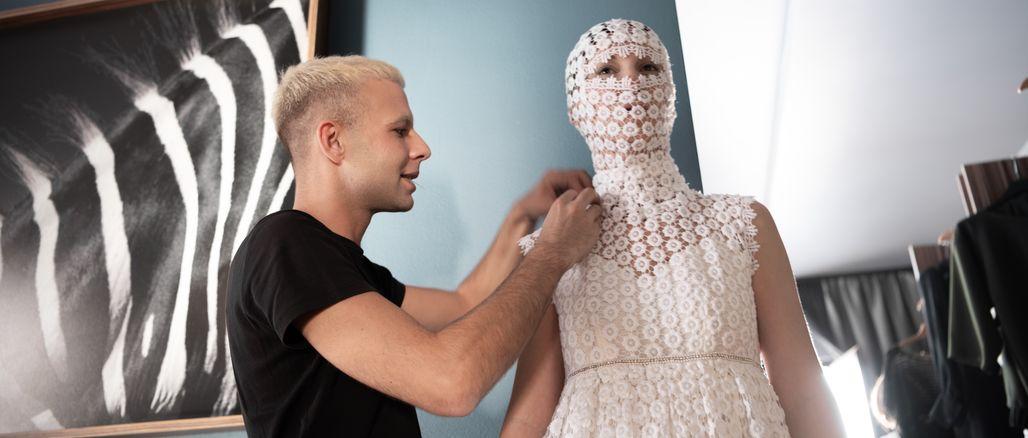 Trend androgenních modelů dorazil i k nám, využil jej návrhář Michal Marek