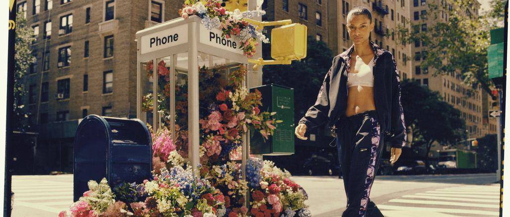 V obklopení květin: objevte první kolekci Puma x Tabitha Simmons