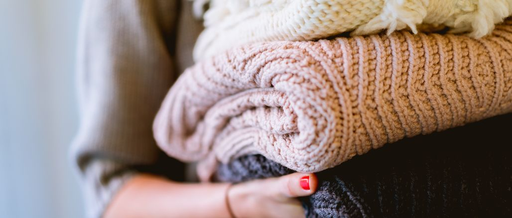 Nejlepší materiály pro hřejivé zimní oblečení: do jakých se právě teď obléct?